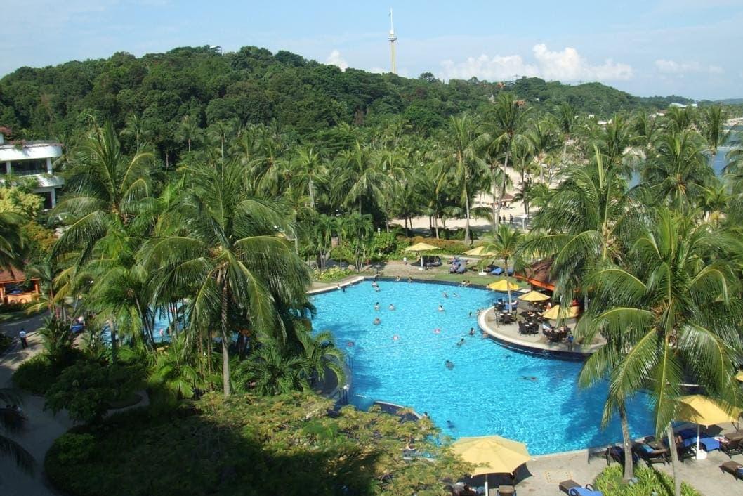 Rasa Sentosa Resort - Swimming Pool